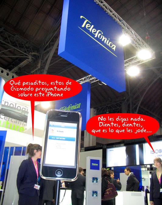 Telefonica pone un iPhone en su stand del 3GSM