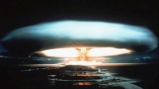"""• """"Cuando oyerais de guerras y de rumores de guerras, cuando Jerusalén esté rodeada de ejércitos..."""" GuerraNuclearParaSalvarElPlanetaLOL"""