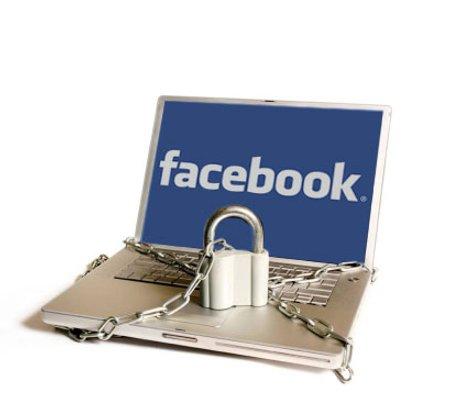 Adolescentes y Facebook: Corta con los peligros de la