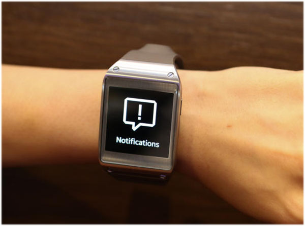 Samsung_Galaxy_Gear-2