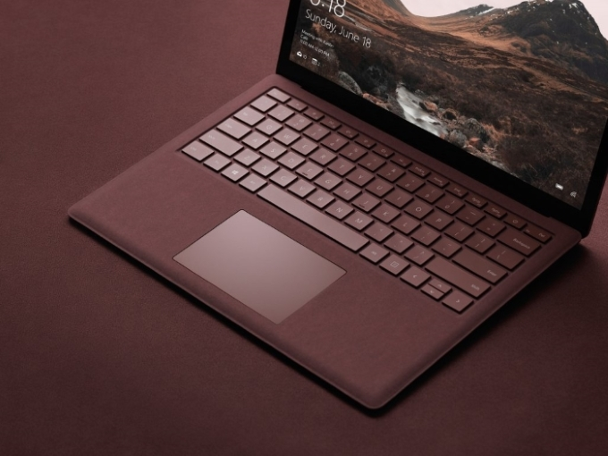 Surface laptop 03