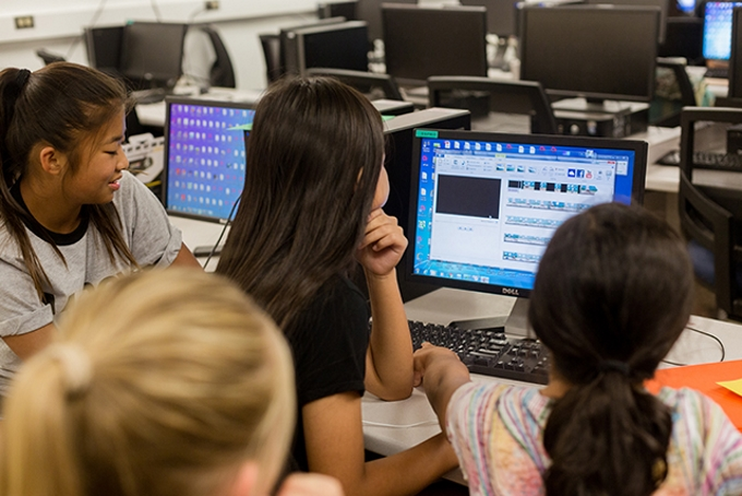 By Texas A&M University-Commerce Marketing Communications Photography (15208-event-CMS Girls Engineering Camp-6580) [CC BY 2.0 (http://creativecommons.org/licenses/by/2.0)], via Wikimedia Commons