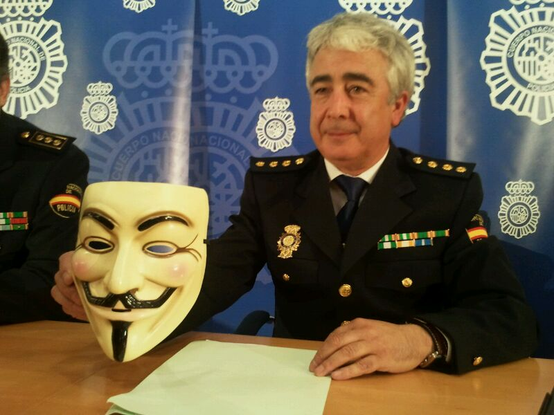 policia_anonymous